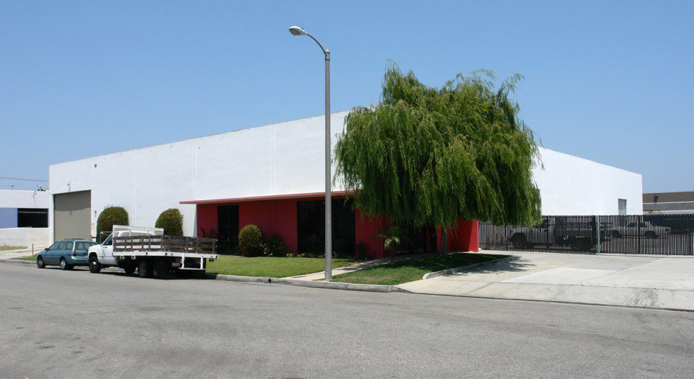 DAUM Represents Seller in the Disposition of a 18,040 Sq. Ft. Industrial Building in Huntington Beach, CA