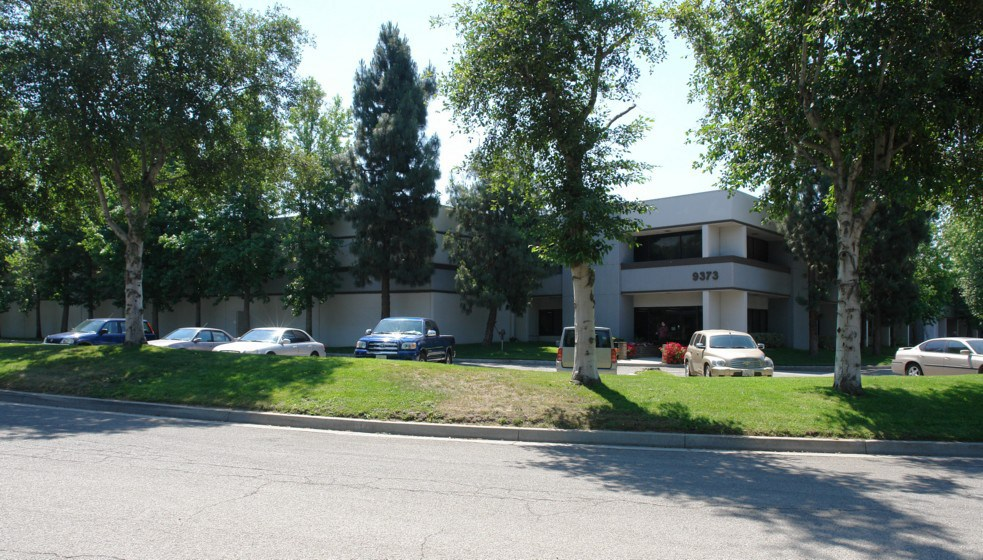 DAUM Represents Seller in the Disposition of a 77,597 Sq. Ft. Industrial Building in Rancho Cucamonga, CA