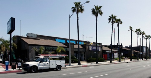 DAUM REPRESENTS KENNETH BROWN SALONS IN THE LEASING OF 4,000 SQ. FT. FOR 10-YEARS IN NEWPORT BEACH, CA